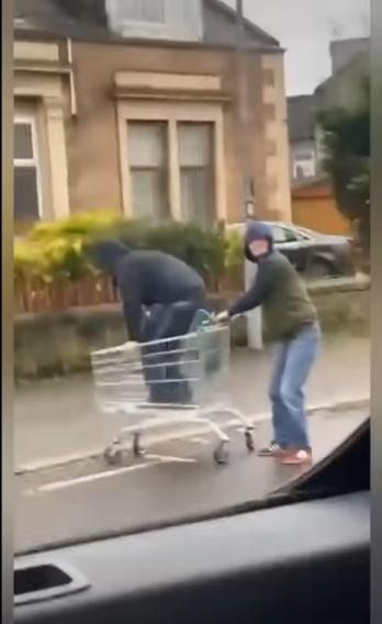 trolley guys.PNG